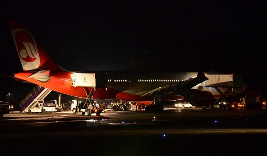 Пилот посадил горящий аэробус в аэропорту Пхукета