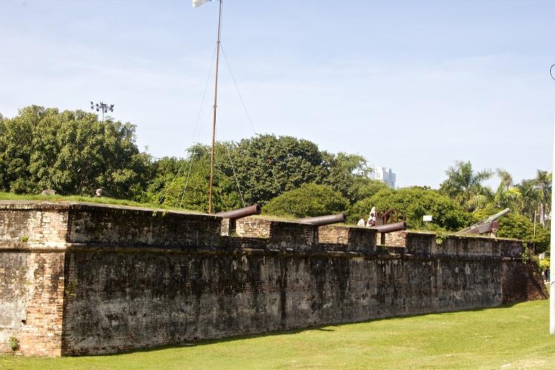 Пушки Форта Корнваллис.
