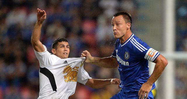 Chelsea разбил звезд Таиланда