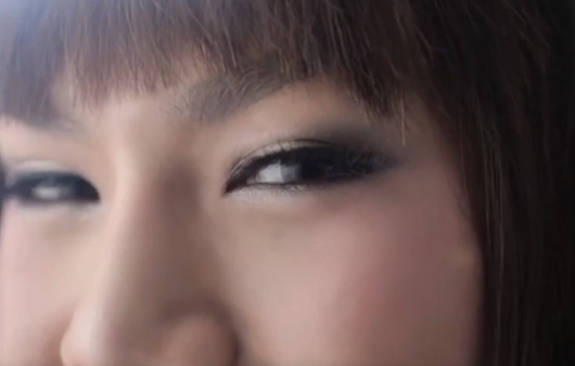 Реклама тайских бюстгальтеров покорила YouTube