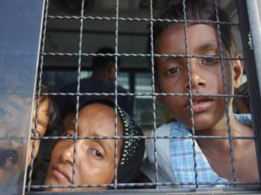 Беженцев рохинья оставят в Таиланде еще на полгода