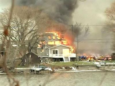 Американский алкоголик спас пиво из пожара