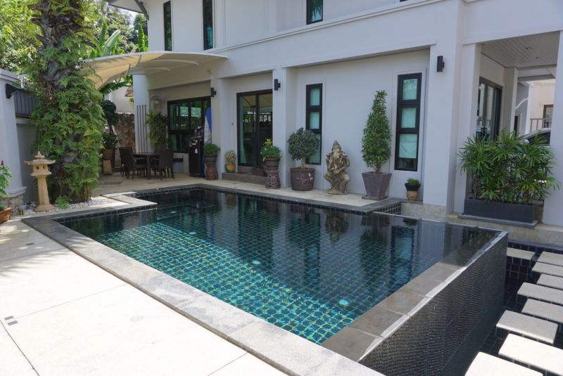 House for Sale in Karon