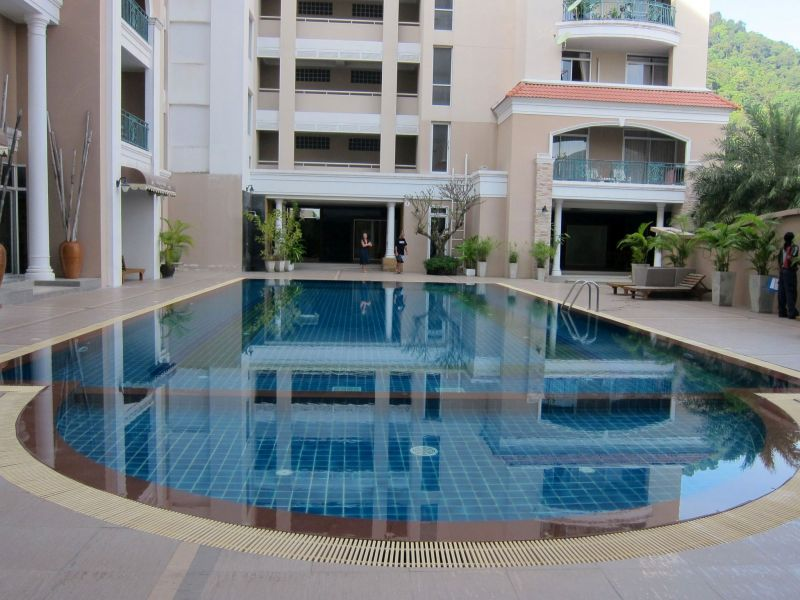 80m2 freehold condo in Patong