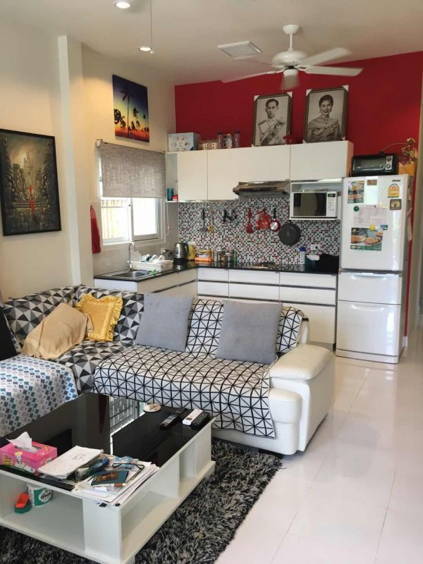 Amazing 1 bedroom house in great area