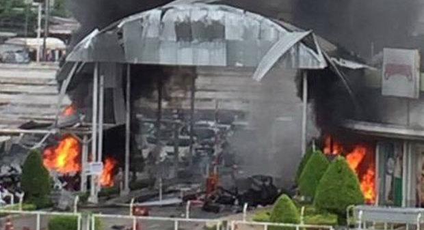 Два взрыва покалечили 40 человек на известном курорте вТаиланде
