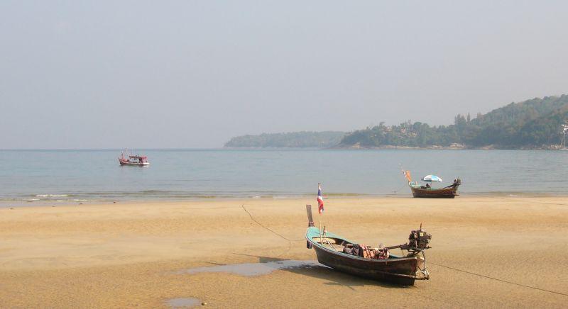 Тайские СМИ сообщили о планах запретить курение на 20 пляжах страны