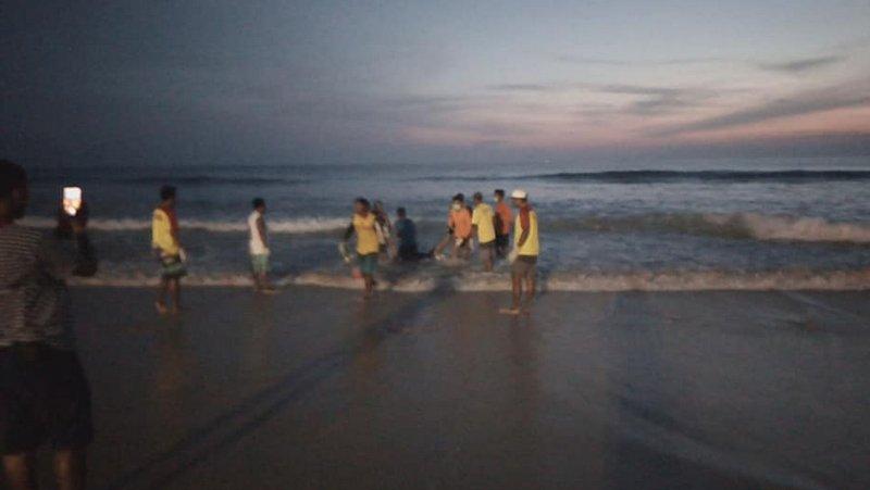 Тело иностранца нашли в море у пляжа Карон