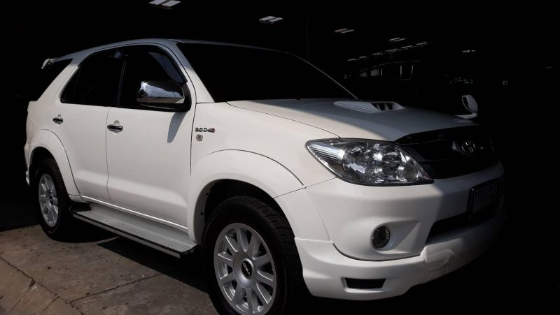 Toyota Fortuner 2007 for sale.