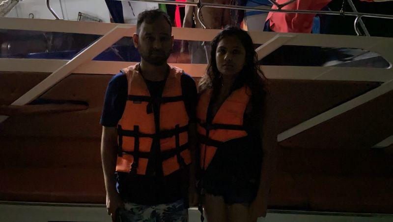 Двух туристов на каяке унесло в море на Пхи-Пхи. Найти их удалось лишь через несколько часов. Фото: Phi Phi Island Police