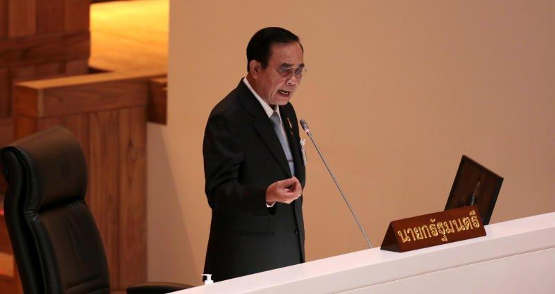 Граждане Таиланда разделились в оценке работы премьера