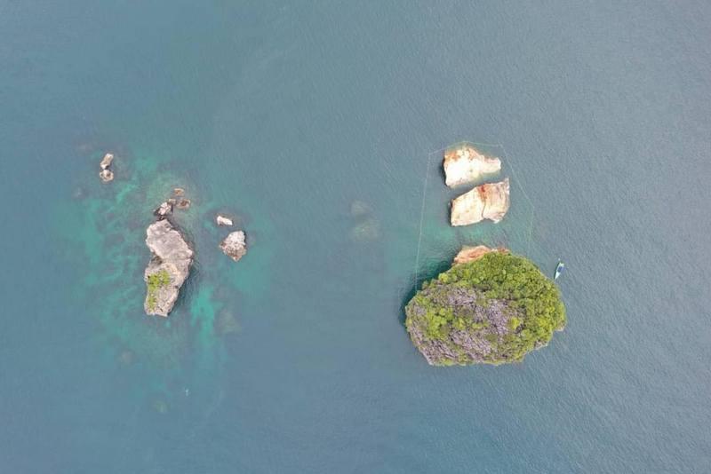 Специалисты не исключают дальнейшего разрушения острова Мэ-Урай. Фото: DNP